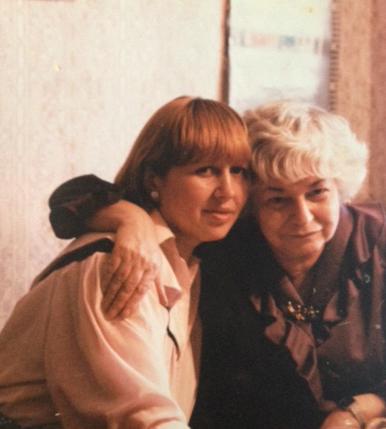 Таня Лоскутова и Инна Варламова