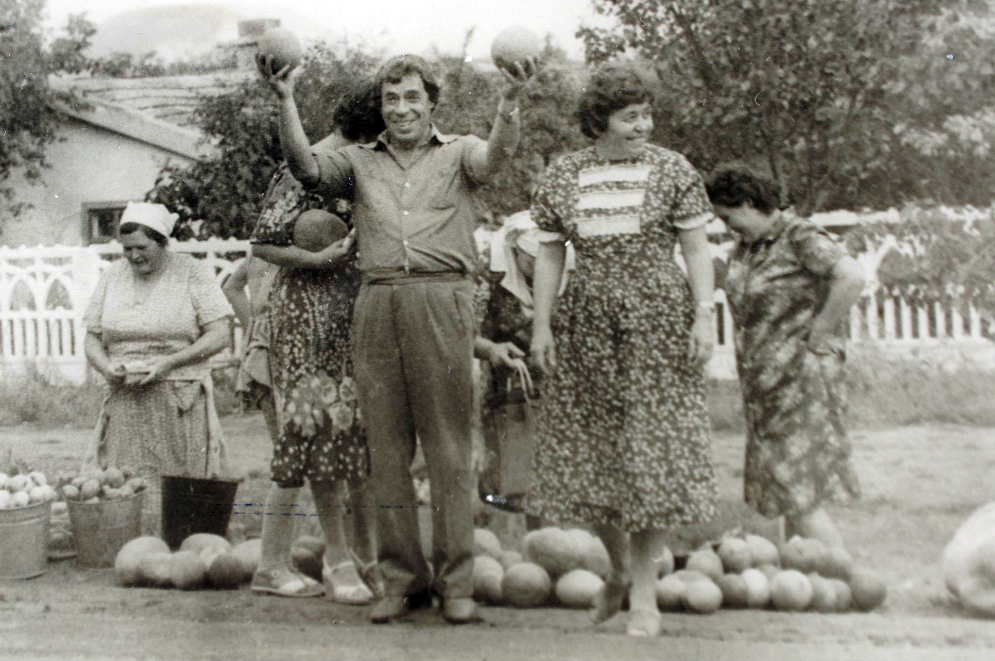 Рудольф и Ада Ольшевские, 1982-й