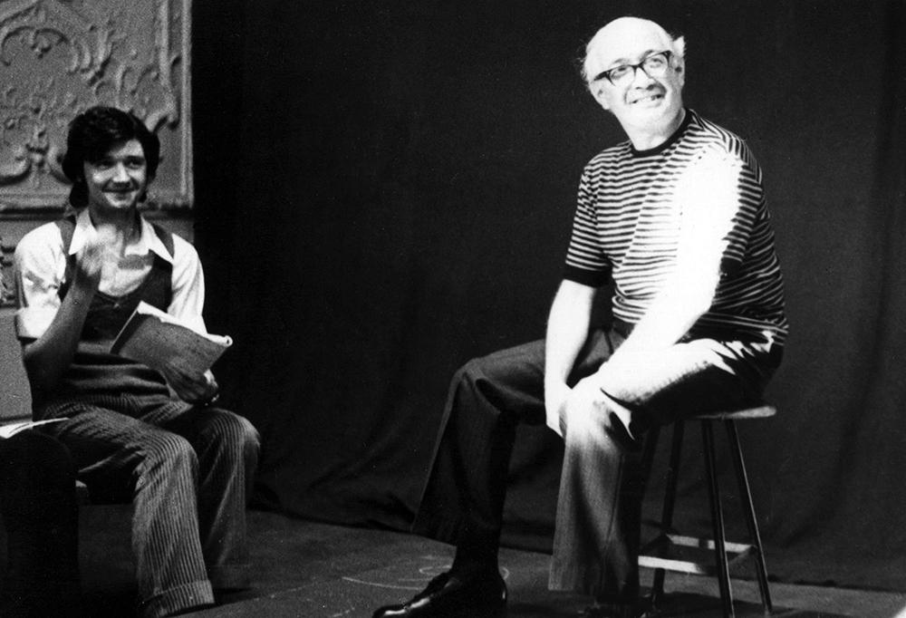 Семен Ласкин выступает перед студентами Ленинградского института театра музыки и кинематографии. 1976.