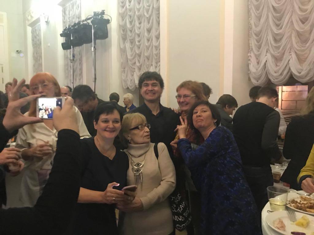 Шамиль Идиатуллин с группой поддержки