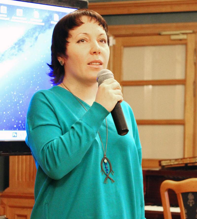 Поэт, PR-менеджер в отделе интеллектуальной прозы издательства ЭКСМО, Надя Делаланд