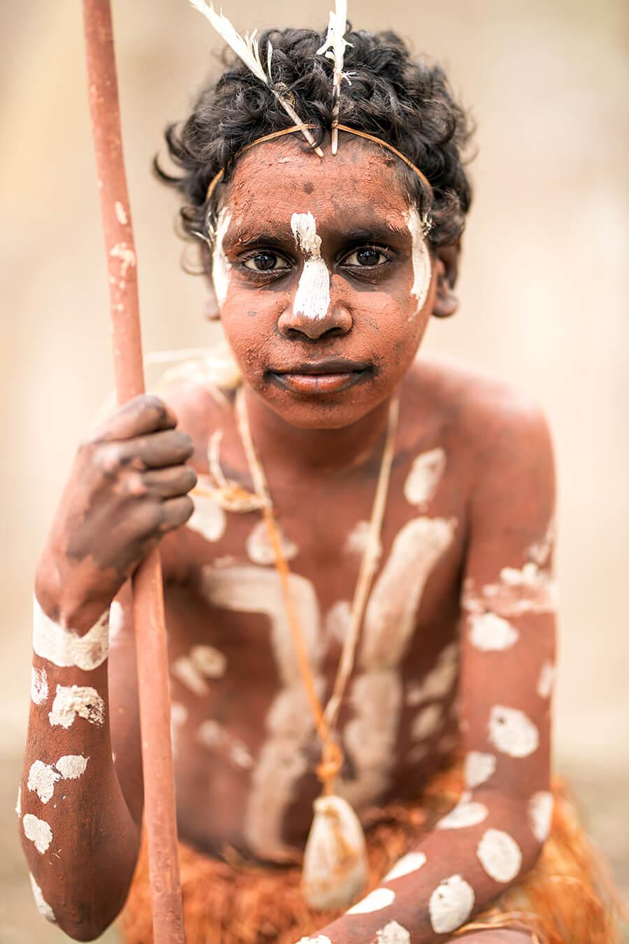 Мальчик из аборигенского поселения Пормпуурау, Австралия, п-ов Кейп-Йорк © Александр Химушин / The World In Faces
