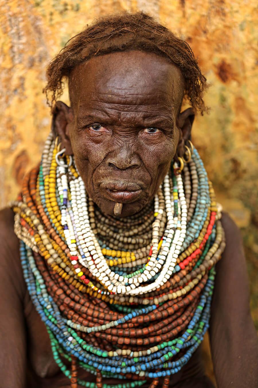 Женщина из племени Ньянгатом. Граница Эфиопии и Южного Судана. © Александр Химушин / The World In Faces