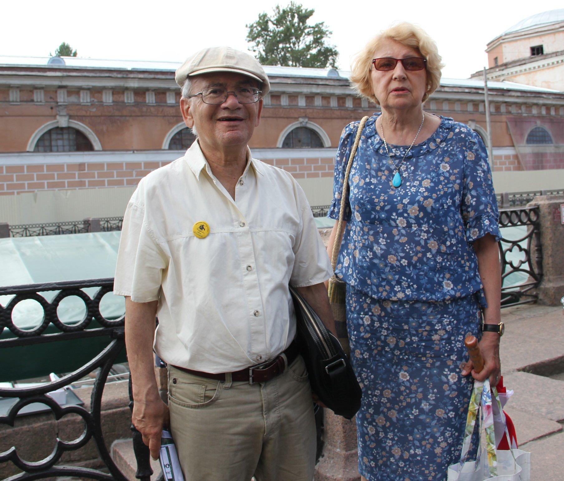 Александр Кушнер и Елена Невзглядова
