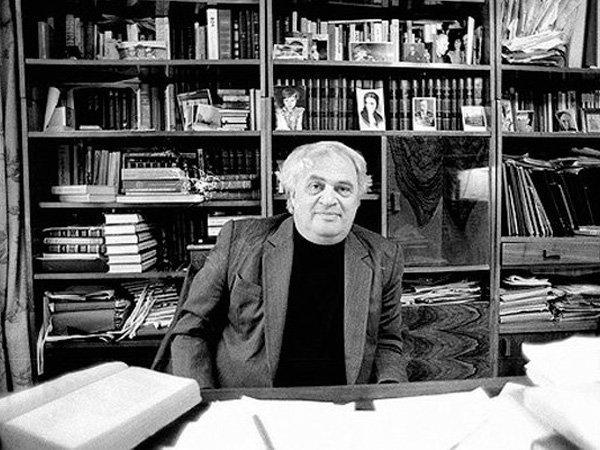Писатель, историк и литературовед Натан Яковлевич Эйдельман