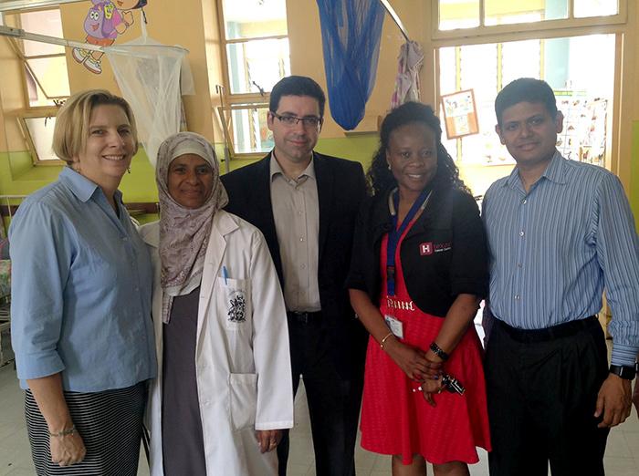 С коллегами из онкологического отделения госпиталя Кениаты