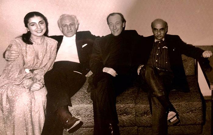 Слева направо: Этери Анджапаридзе, Джансуг Кахидзе, Родион Щедрин, Гия Канчели. Перед концертом в БЗК, Москва, 1985 г.