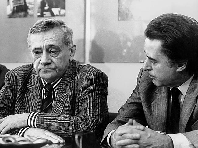 Владимир Максимов и Андрей Дементьев в редакции журнала ЮНОСТЬ