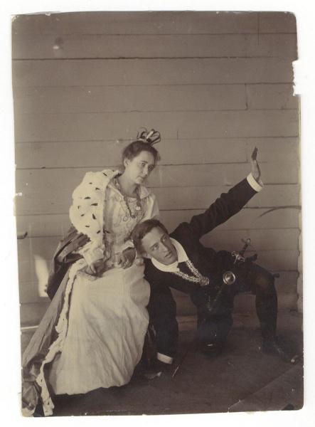 Блок в домашнем спектакле в Боблово. Фотография И.Д. Менделеева, 1899